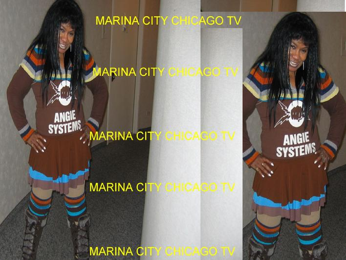UTUBE VIDEO SPACE AT MARINA CITY CHICAGO GIFT SHOP GALLERY